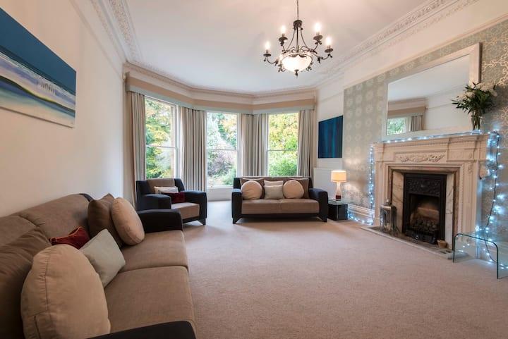 Gorgeous Victorian Mansion in Lansdown Bath