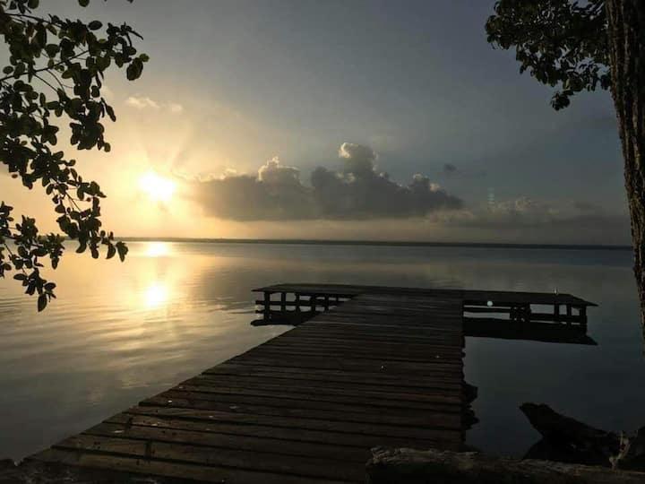 Cabañas Ecológicas Frente a la Laguna Bacalar