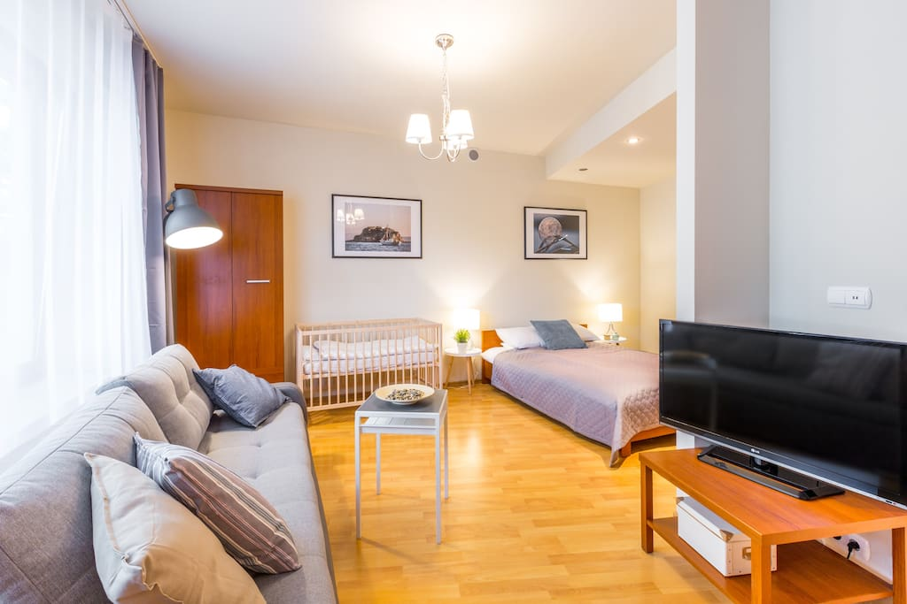 Luxury Studio, Free WiFi Internet, Free Garage, 24h Checkin