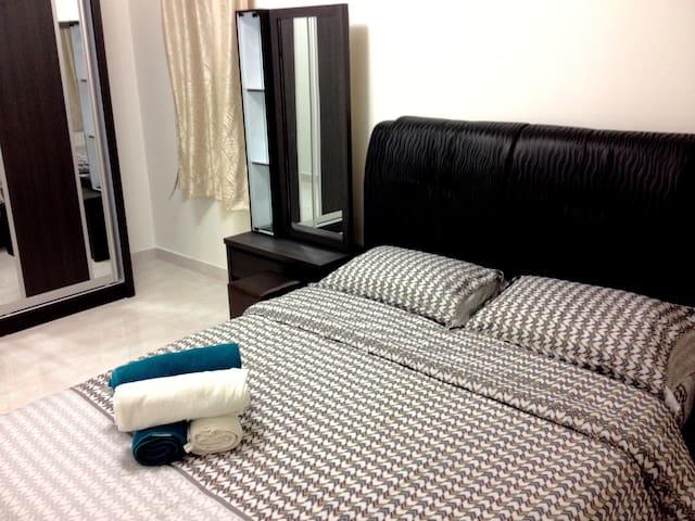 3Bedrooms Cozy House@Old Klang Road