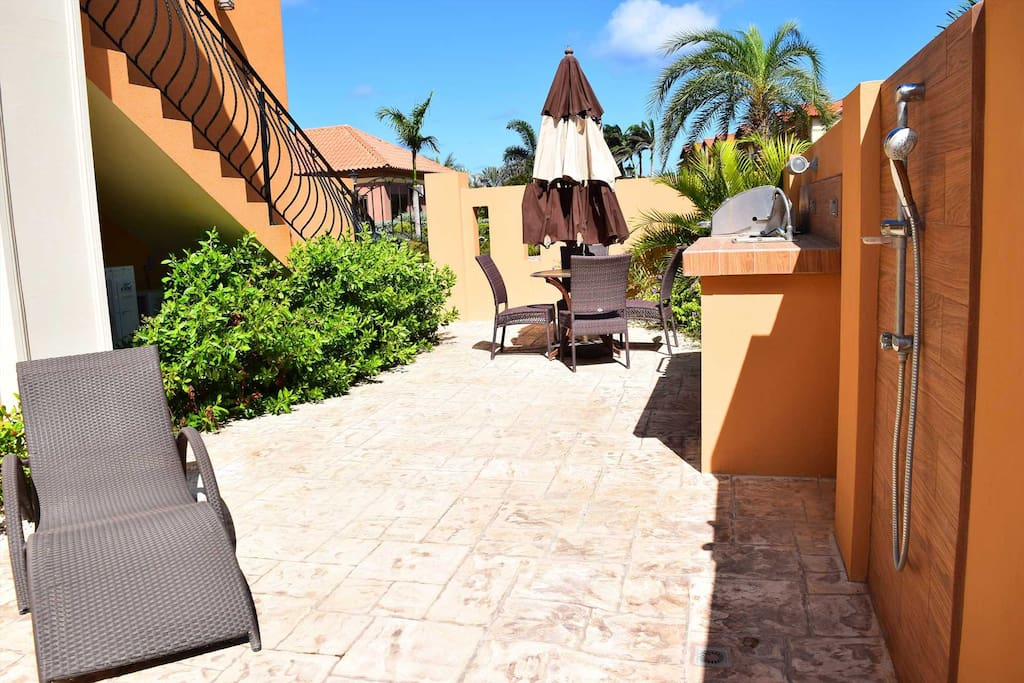 Your private terrace to enjoy the Aruban weather!