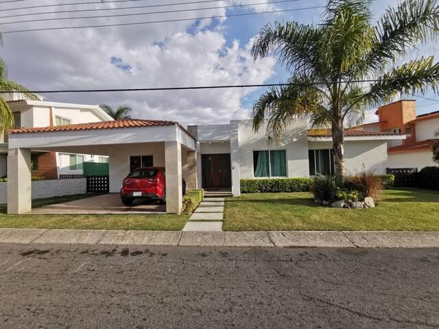 Casa en Lomas de Cocoyoc Oaxtepec