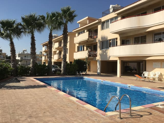 Two bedroom apartment with pool - Perivolia - Appartement