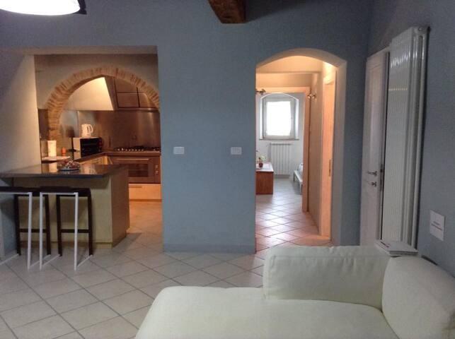 Appartamento il Giglio di San Donato in Poggio - San Donato - Apartment