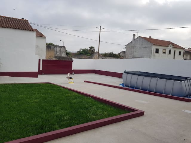 Casa sossegada, perto Óbidos e praias.