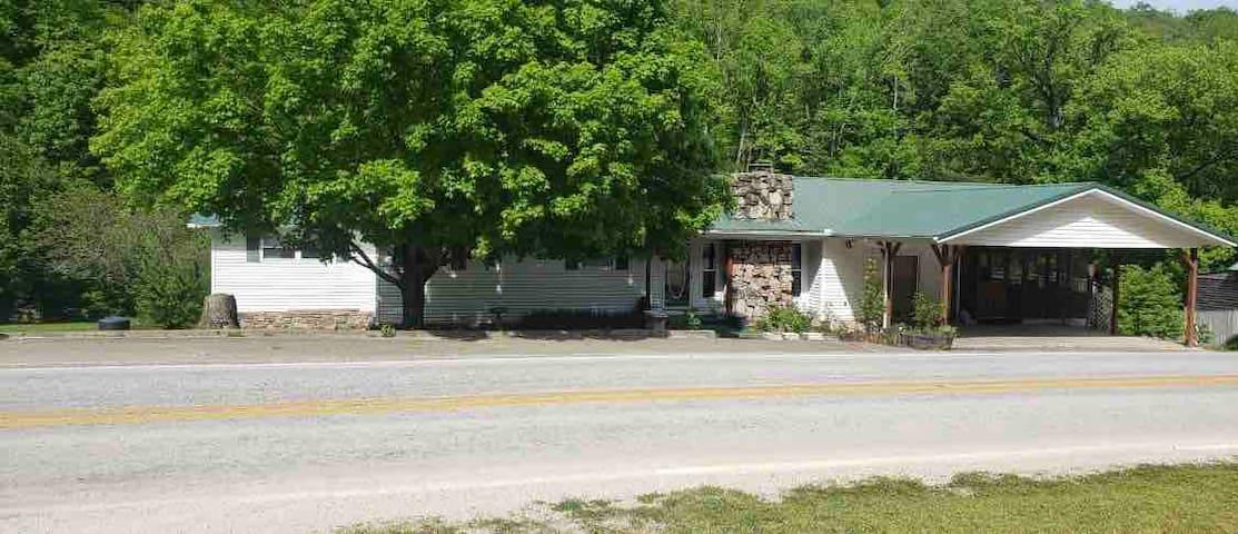Ponca Creek House