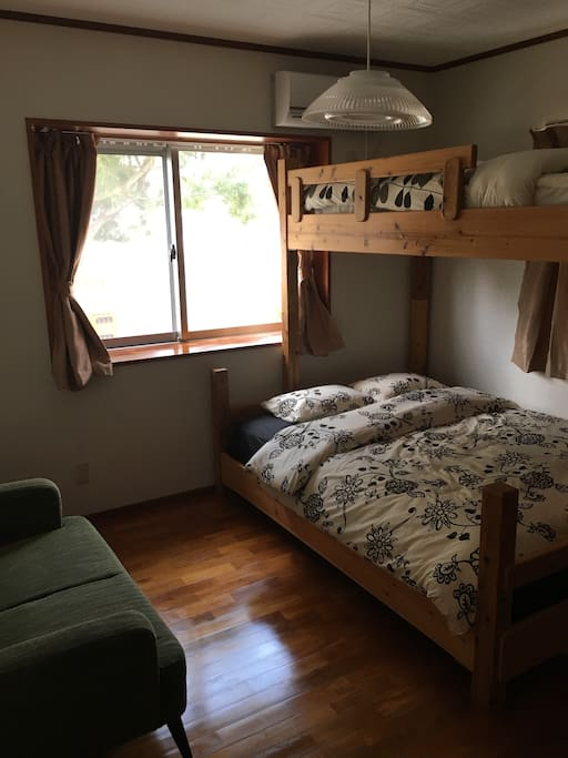 The guest room has a single bunk above the queen bed, and a roll-away cot is available as well for those travelling with small children.