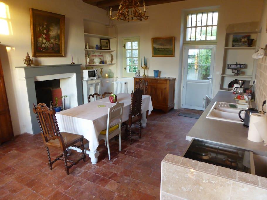 La cuisine salle-à-manger