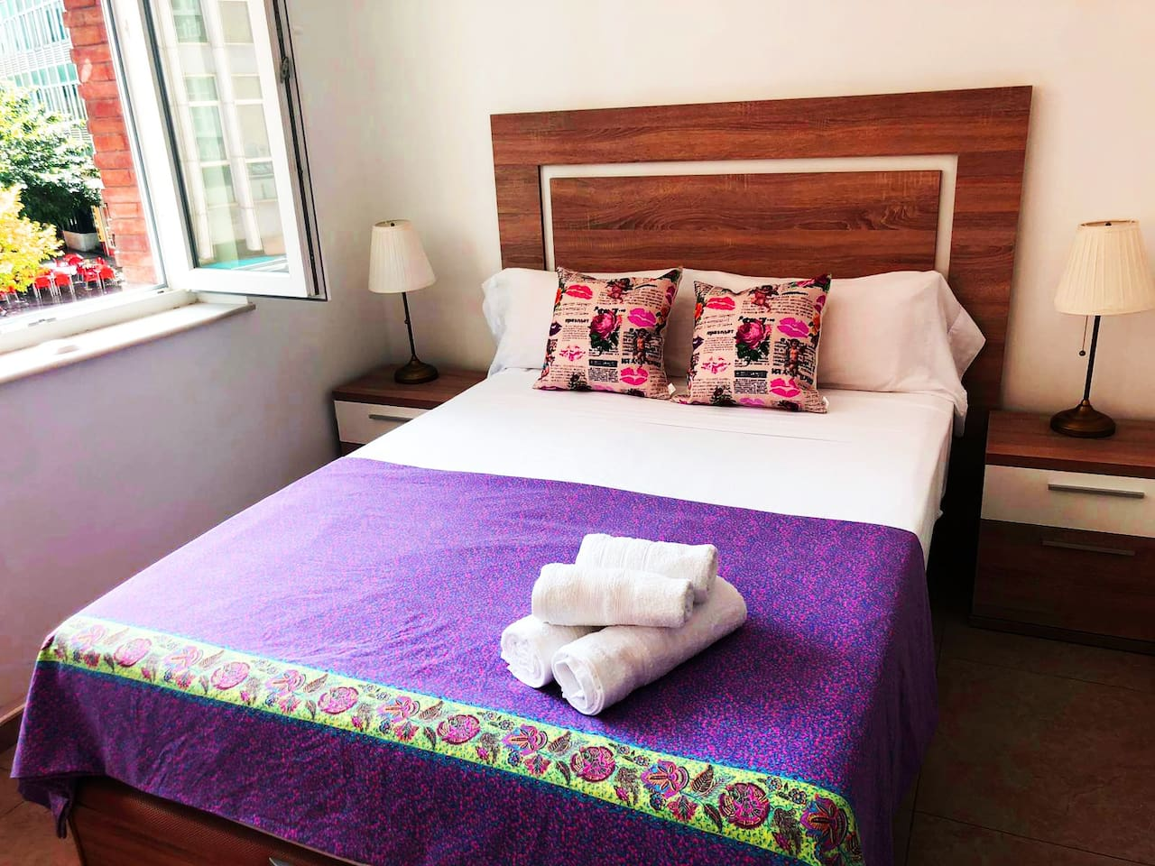 Comfortable double bed with fresh cotton linen