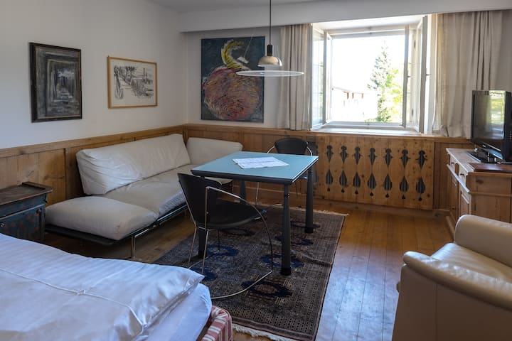 Nice studio for 2 persons and swimming pool