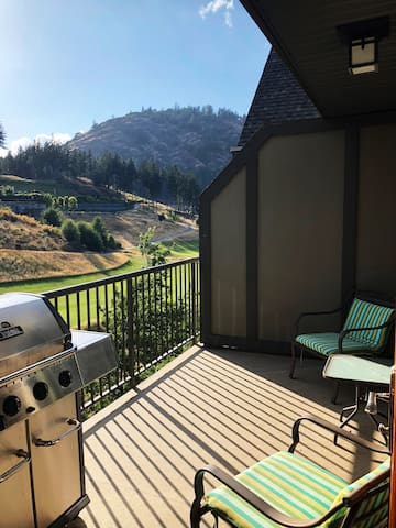 Views of Bear Mountain Resort, 18th hole and Mt. Finlayson