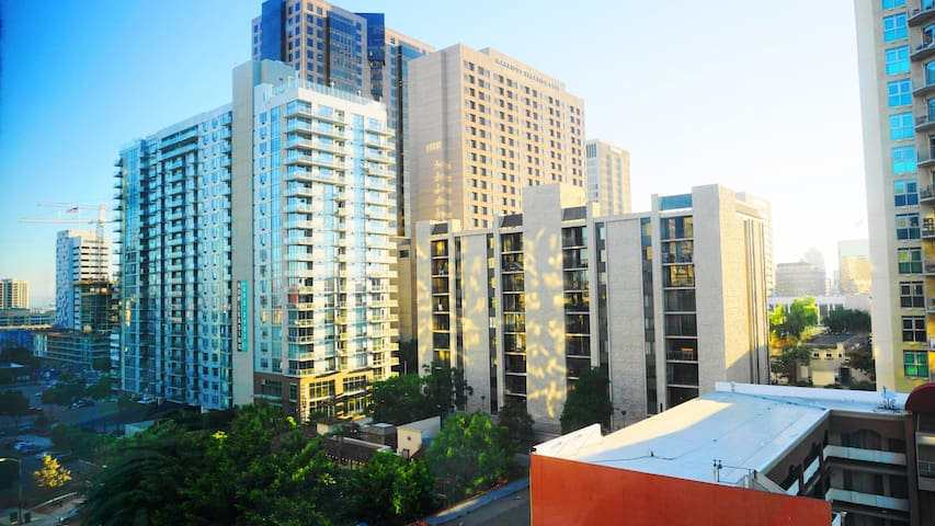 Amazing resort! Downtown San Diego 2bedroom/2bath