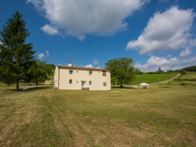 Indipendent country house Podere Greve - Chianti