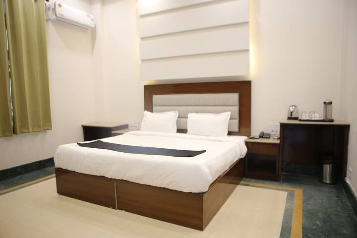 Hotel Selaqui Inn