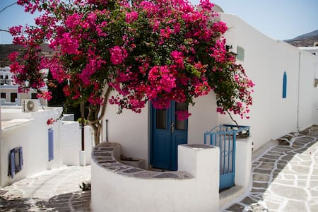 Beautiful traditional house in Paros - Paros - Talo