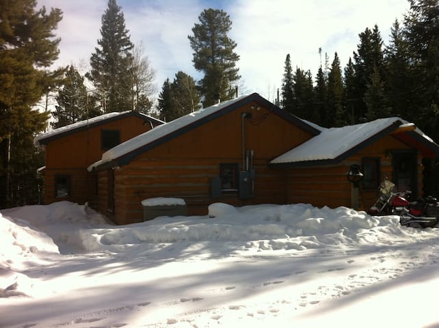 Master suite@Log Cabin 10min from Echo Mtn Ski&Rd