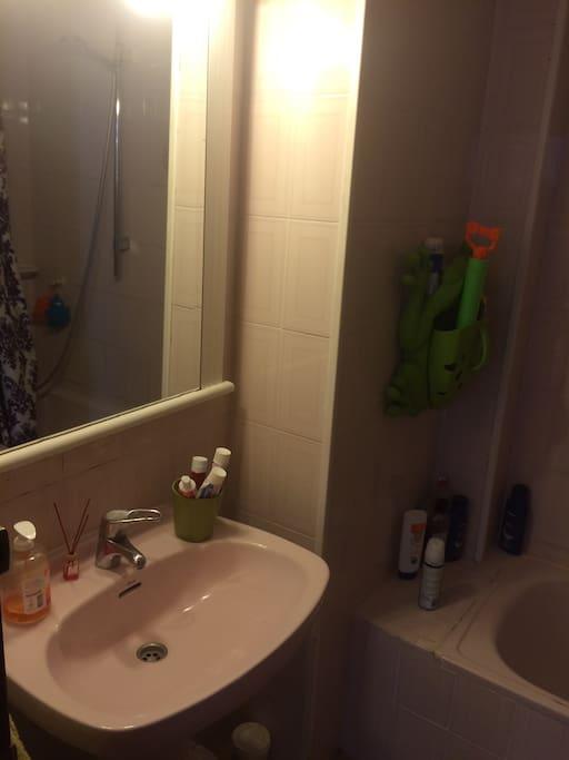 El otro cuarto de baño