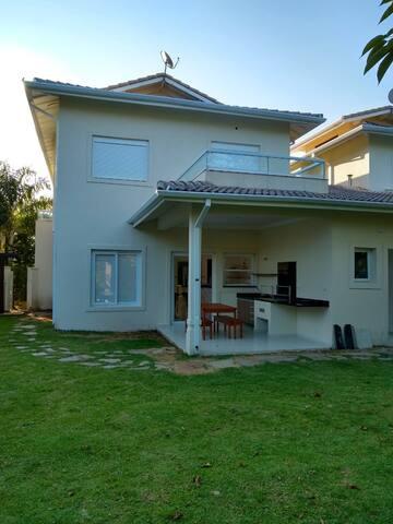Casa em Maresias 4 suítes em condomínio fechado