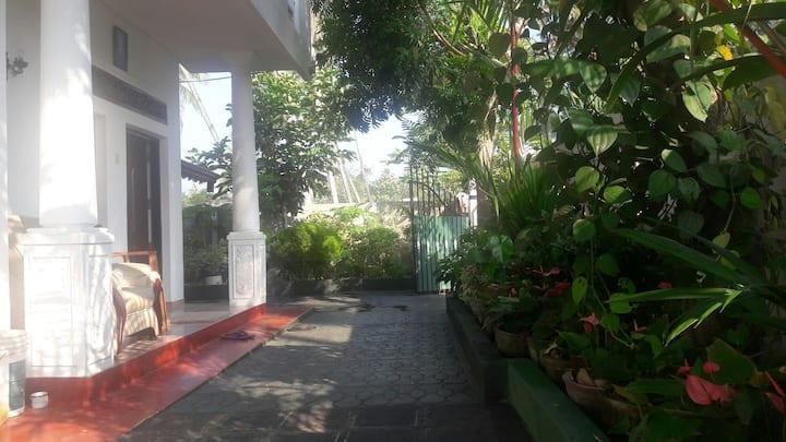 Charming Homestay in Katana