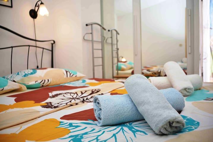 Sunny Apartments Valentina - Apartment Zana - Betina - Huoneisto