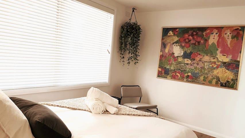Bedroom ~2