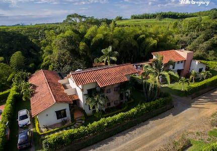 Villa Gregory fincas Panaca excelente para familia - Quimbaya