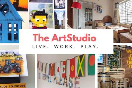 ARTSTUDIO IN THE HEART OF THE CITY - Bengaluru