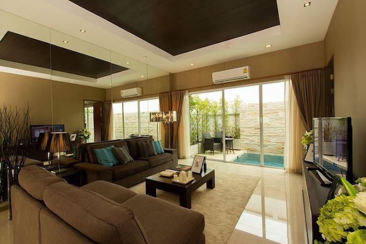 Disinfection & Clean 3BR Pool Villa,8 PX, Jaguci