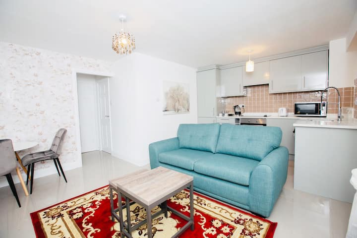 Stunning 1 bed apartment in West Drayton