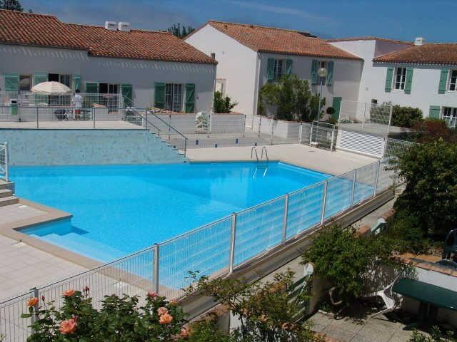 Studio mezzanine avec piscine pour 4 (18REMP)