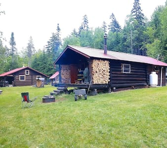 Highlanding Camps Guided Off-Grid Vacation