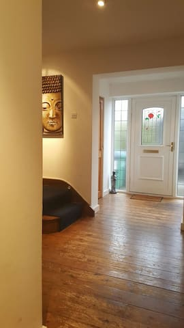 Beautiful large Family Home - Watford - Rumah