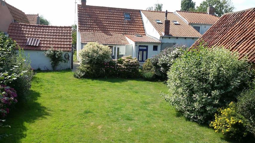 Fermette rustique dans les polders - Waterlandkerkje - บ้าน