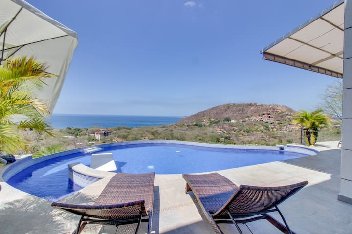 Coastal house w/ a full kitchen, private infinity pool, & ocean views