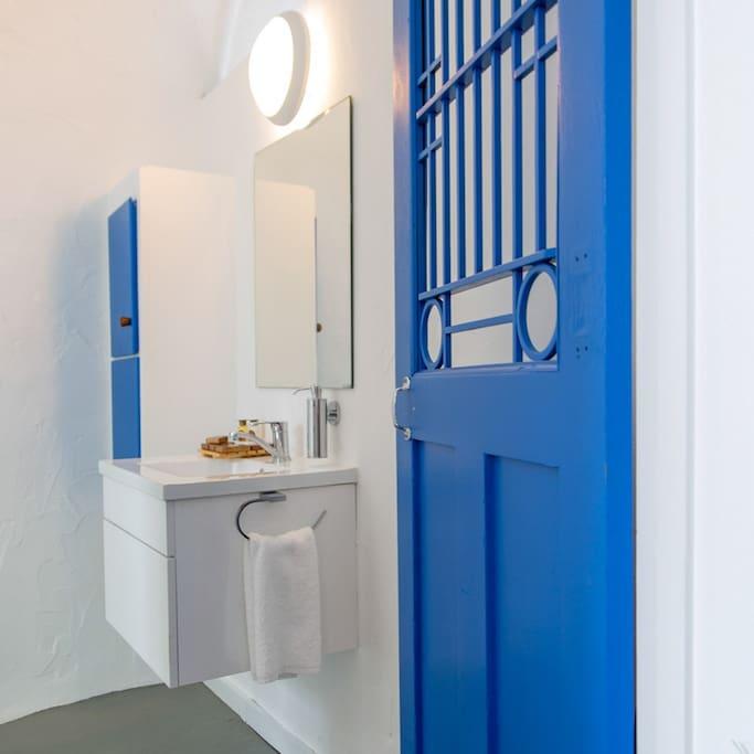 Bathroom - Naxos