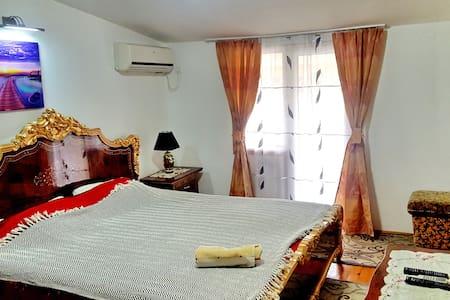 Double or Triple Room with Balcony - Šušanj, Bar, ME - Bed & Breakfast