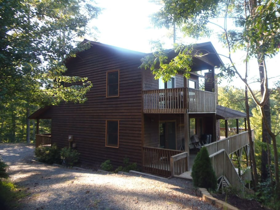 The Cabin At Whispering Creek Cabins For Rent In Murphy