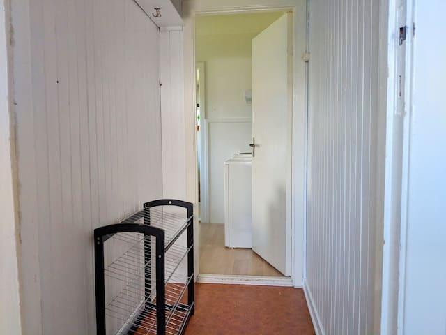 Hallway into apartment