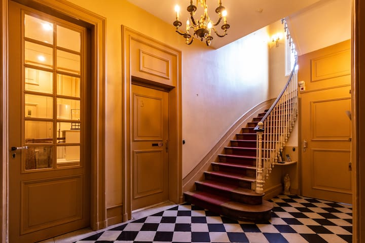 Un hall d'entrée vintage pour garder l'esprit de l'ancien