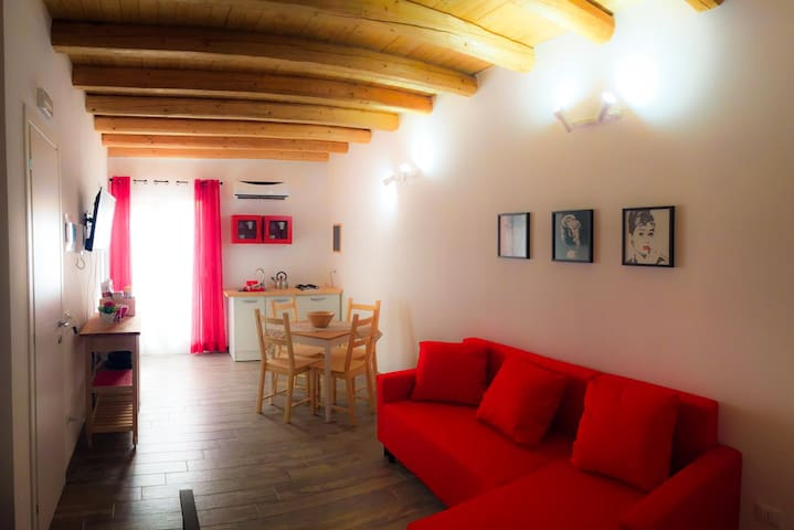 Low cost apartment palermo appartamenti in affitto a for Appartamenti barcellona low cost