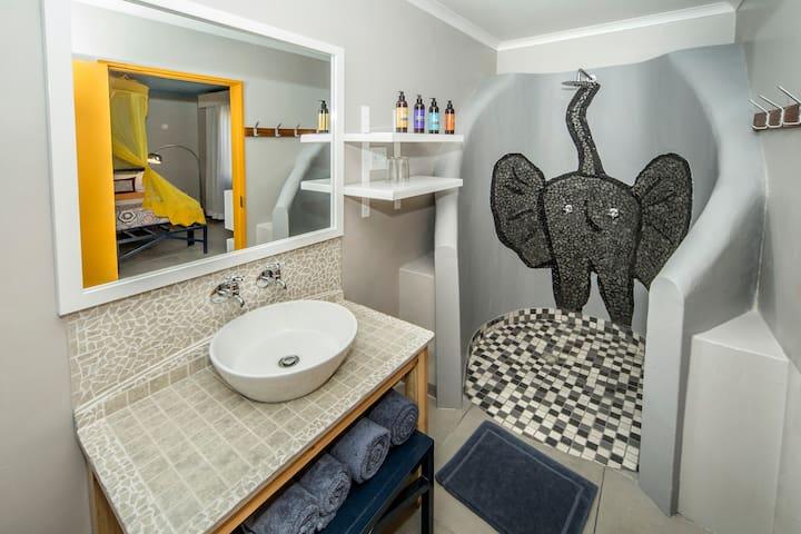 Twin Room - Etosha Safari Camp