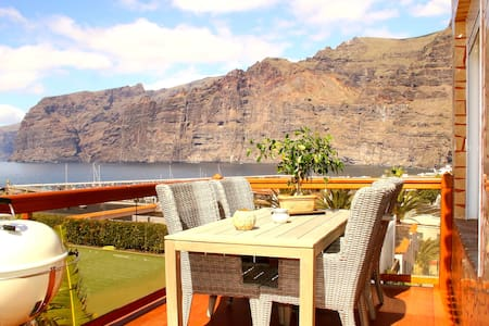 Luxury apartment + panoramic view - Santiago del Teide - Apartment
