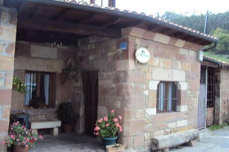 CASA COMPLETA PARA 10 , EN PLENA NATURALEZA - Casa