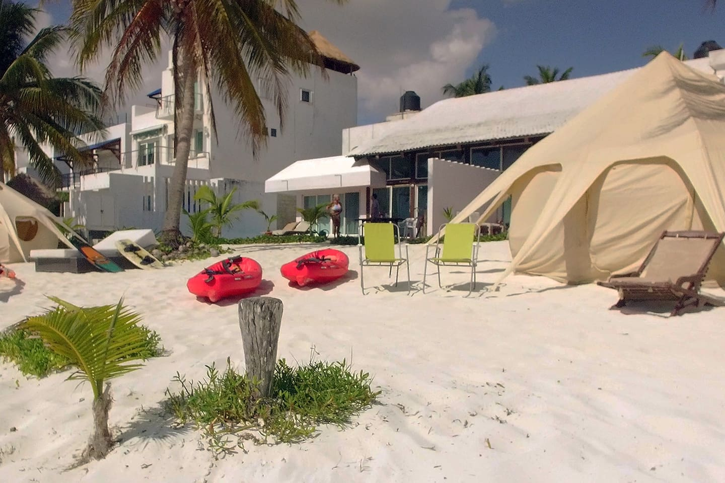 Private Lotus Tents, Beach view 1