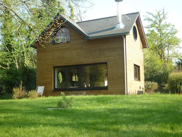 Maison en bois écologique - Gouesnach - Dům