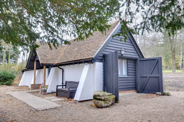 The Snuggery in rural Kent