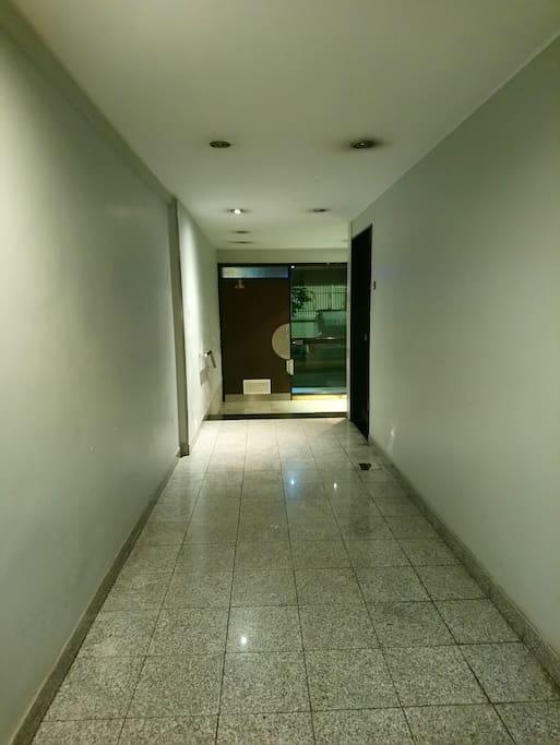 Ingreso al Edificio