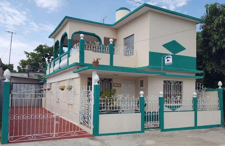 Hostel Deysi & Paquito [Room 1] - Cienfuegos - Rumah Tamu