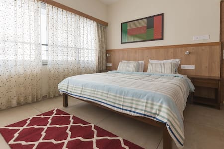 Spacious & Modern Family Apartment 1 Bedroom