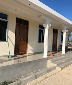 LULU PALACE  Quite,isolated and self catering home